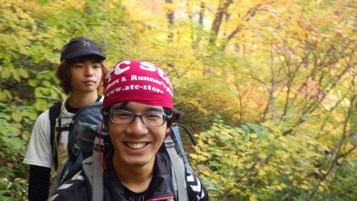 笑顔の新人I川と、 初のリーダーに意気込む、同期のK